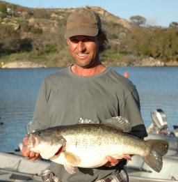 Wohlfrod lake fishing in california for Lake wohlford fishing report